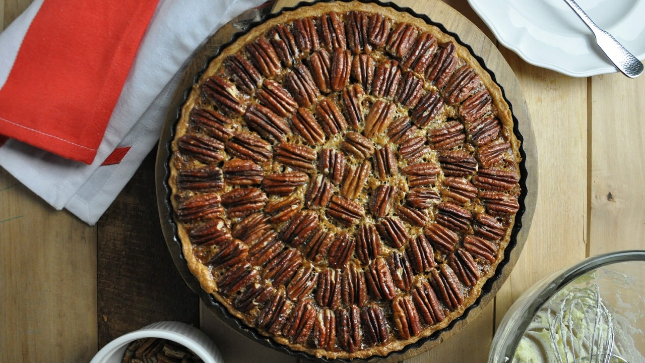 11098_Thankful_Pecan_Pie_1_2400x1350px